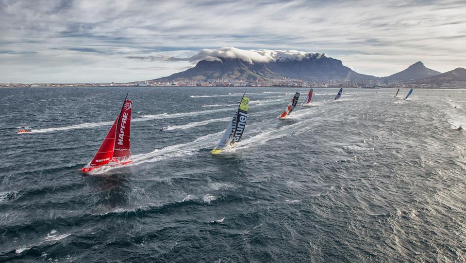Flota inicio etapa 2 Ciudad del Cabo Volvo Ocean Race