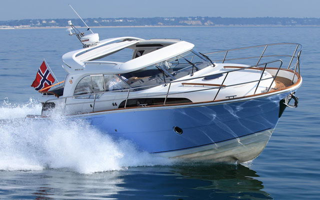 barco a motor Marex 370 ACC