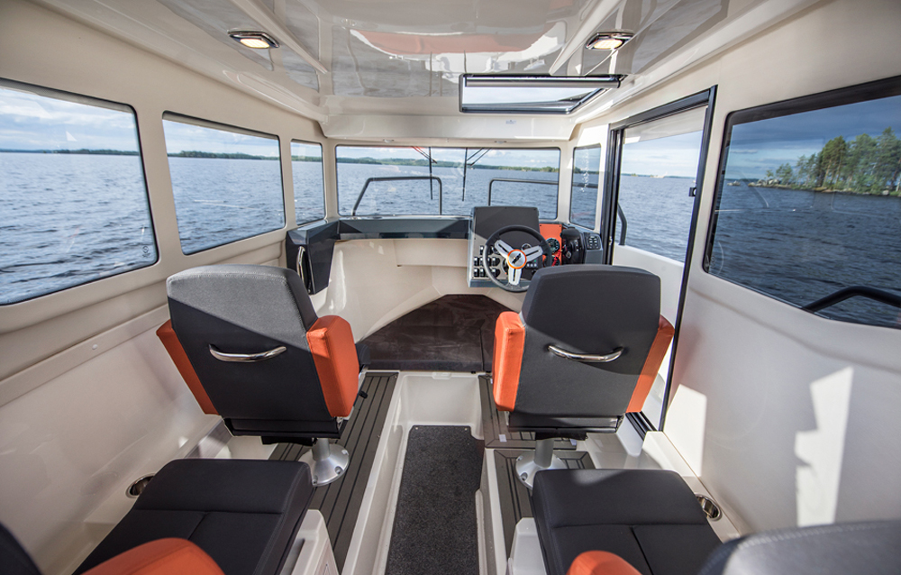 Bella 700 RAID cabina