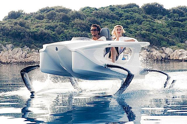 Quadrofoil barco volador electrico