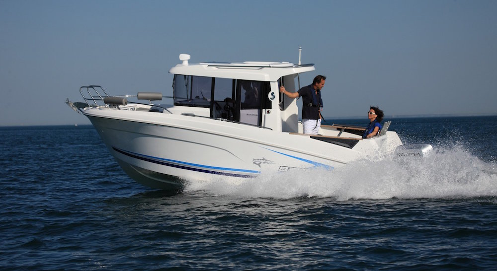 Beneteau Barracuda 7 navegando