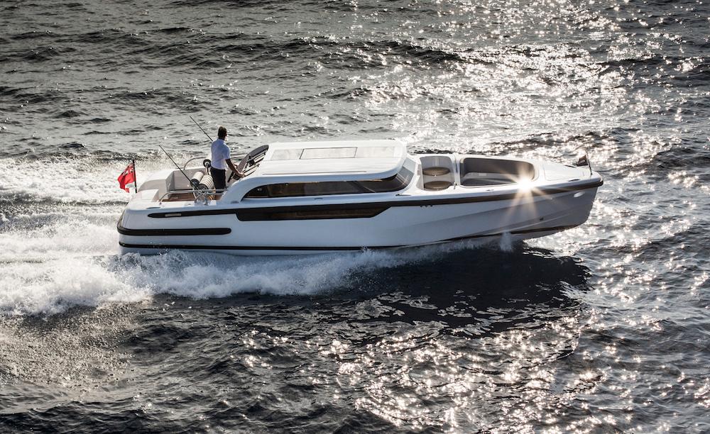 Brexit boats Pascoe SL Limousine