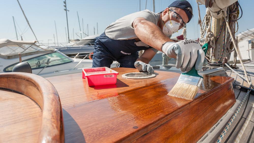 Barnizar el barco - en el sentido de la veta