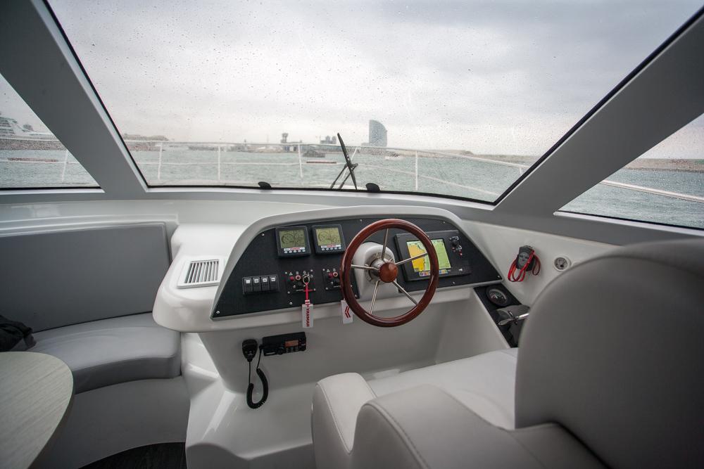 Flash Cat 43 S puesto de mando interior