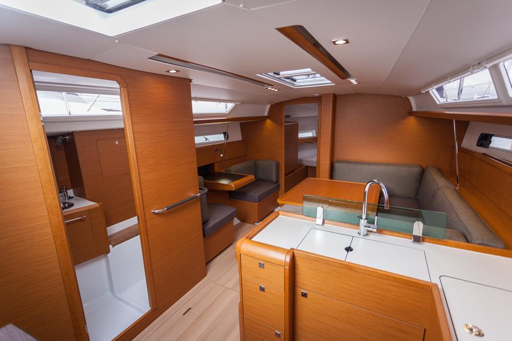 Prueba Jeanneau Sun Odyssey interior