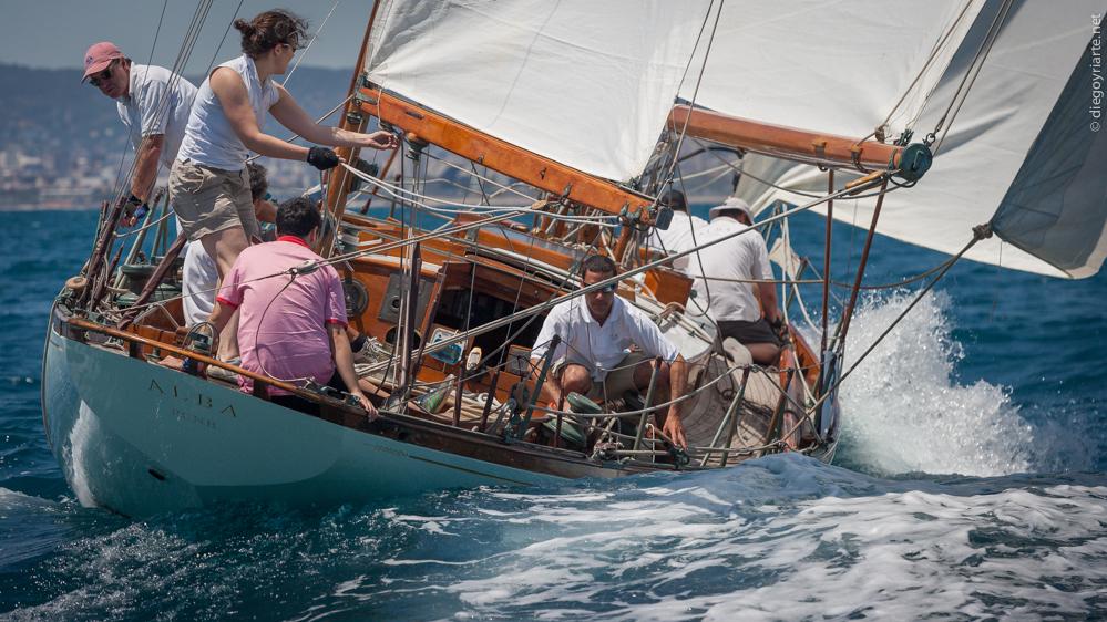 comprar barco de madera - barniz mate - Alba - Regata Vela Clàssica Barcelona