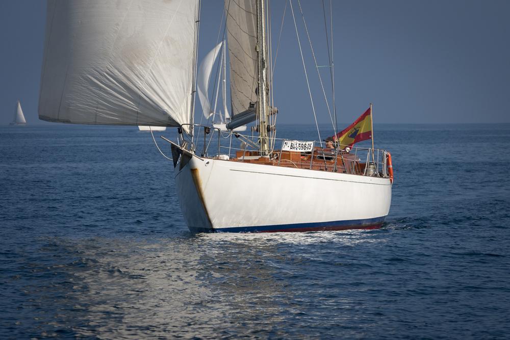 Mantenimiento motor intraborda velero Nerissa