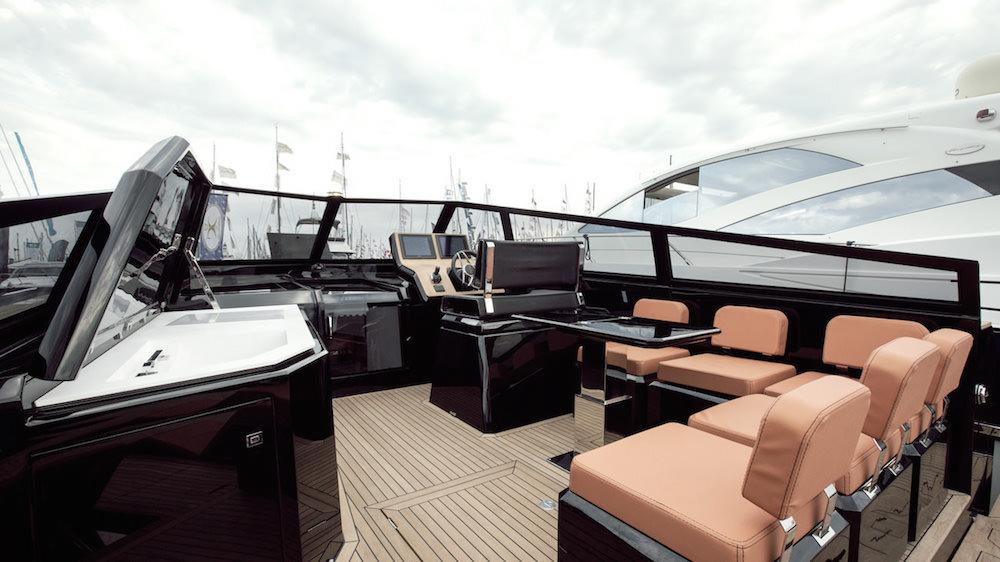 EVO yachts 43 bañera