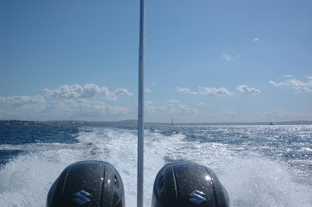 prueba motores Narwhal 900 SP A son de mar