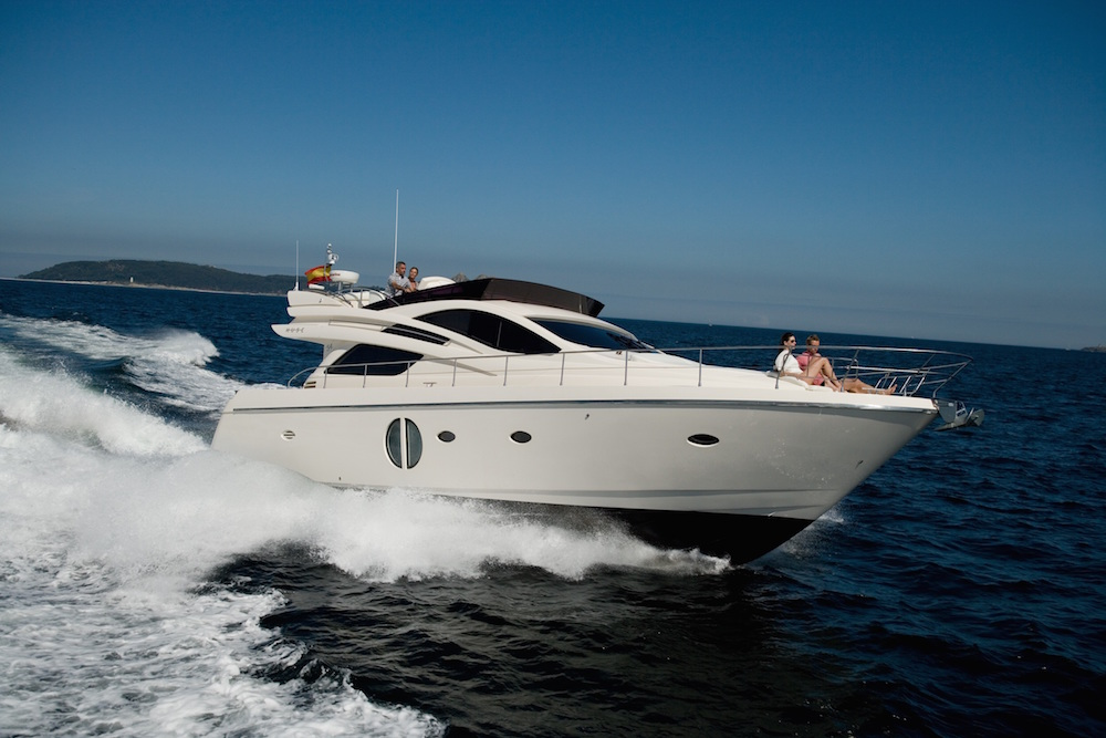 barco a motor Rodman Muse 54