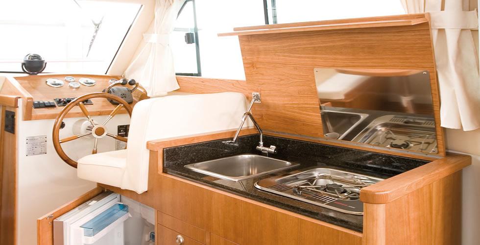 cocina del barco a motor Starfisher 840