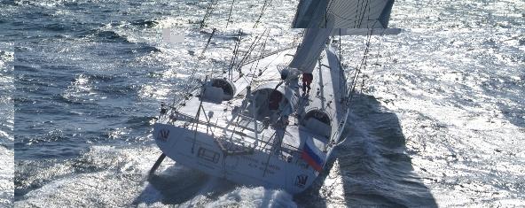Sterna yate a vela charter