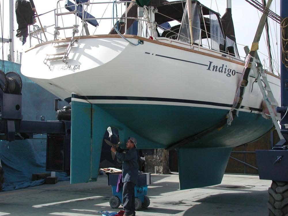 Desde el limo más tenue, hasta los percebes y algas - cada uno de estos tipos de incrustación ralentizará nuestro barco.