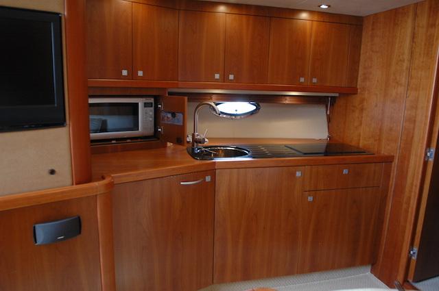 Invernaje del barco para dormir tranquilos for Cocinas para barcos